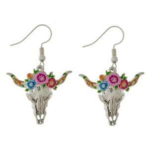 NWT  ***BOUTIQUE***  Steer Skull EARRINGS  CUTE